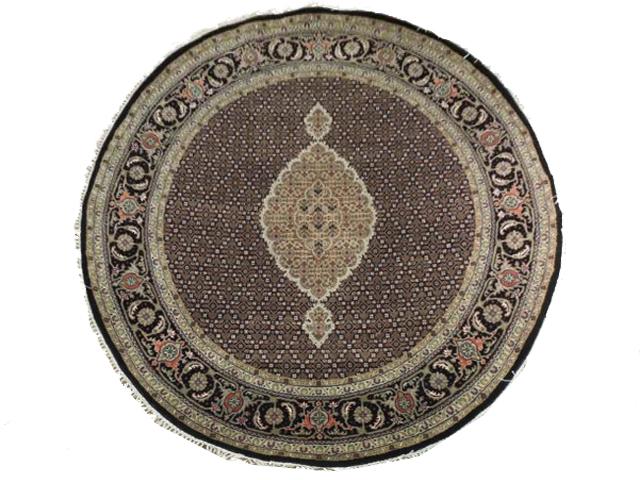 Full view of beautiful rug