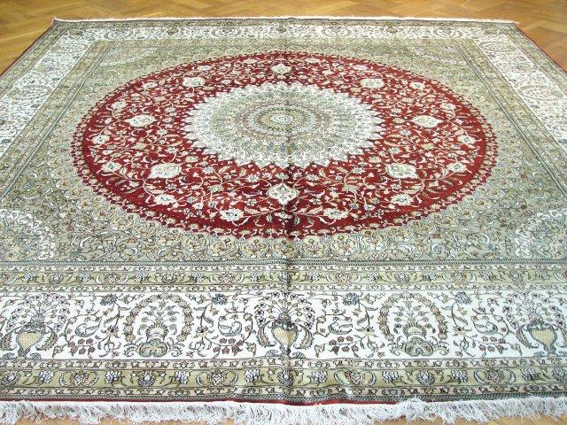 """10' 0"""" x 10' 0""""  Tabriz rug"""