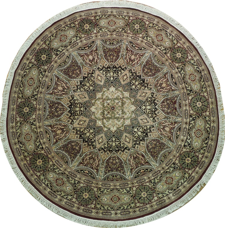 Hand Knotted Persian Isfahan Wool Area Rug: Silk & Wool 8' Round Persian Isfahan Hand Knotted Rug