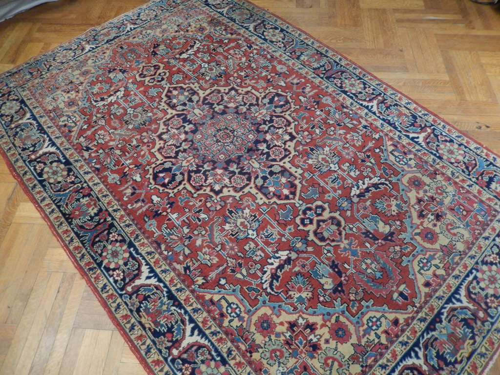 Gorgeous vintage handmade 6x10 persian heriz area rug for Area rugs new york