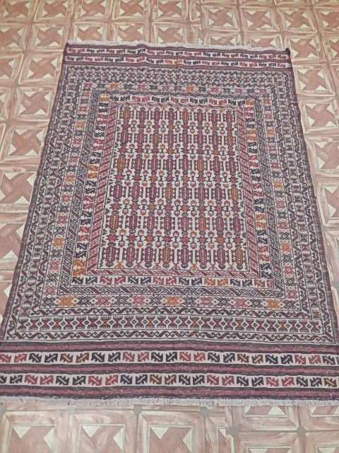 Handmade rug 4 39 x 6 39 baluch wool on wool cheap carpets for Cheap carpets for bedroom