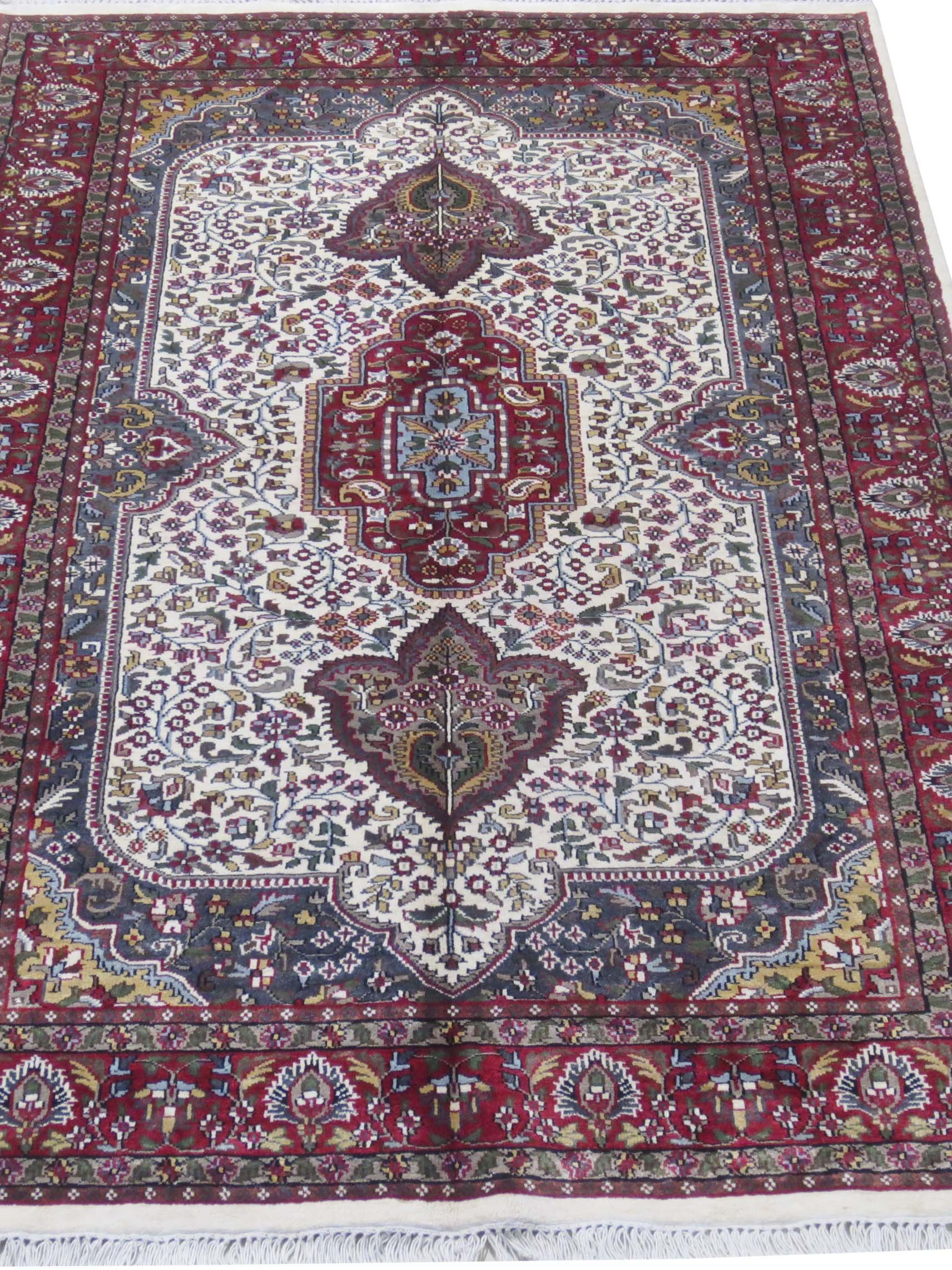 Ivory Red Incredible Price Jammu Cheap Carpets Hand
