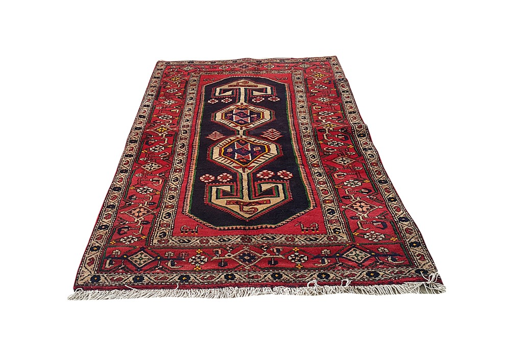 Handmade rug 4 39 x 8 39 persian hamadan made of wool cheap for Where to find inexpensive rugs