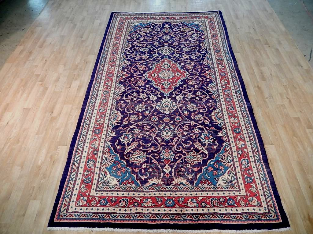 6' x 10' Hand Knotted  Persian Sarouk Rug